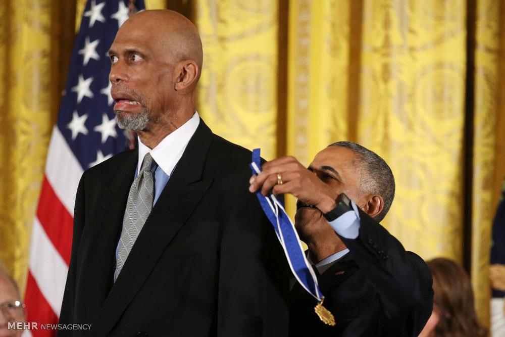 اهدای مدال آزادی توسط اوباما