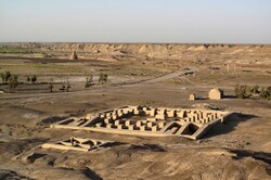 'Gateway of the Slaves': a millennia-old mudbrick town in southern Iran