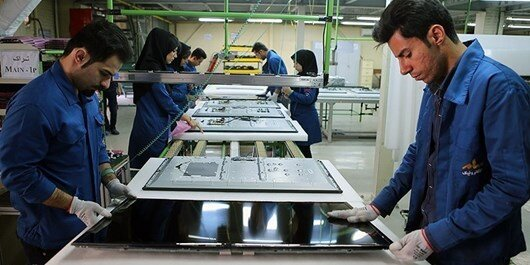 Iranian television set production line launched