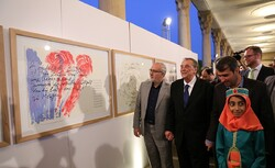 "German op artist Gunther Uecker attends the opening of his exhibit ""Tribute to Hafez"" in the Mausoleum of Hafez in Shiraz on May 1, 2016.  (IRNA/Reza Qaderi)"