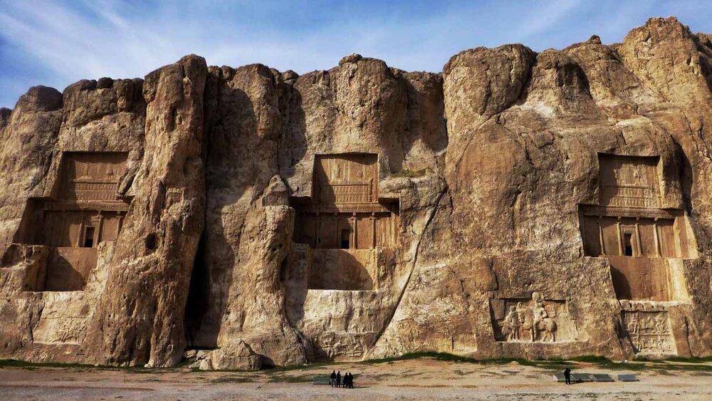 Iran Documenting Inscriptions In Persepolis Naqsh E Rostam Tehran Times