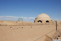 A Jewish pilgrimage: Harav Oursherga shrine in Yazd