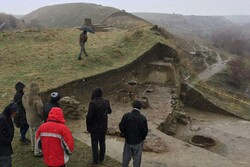 Archaeological survey resumed at ancient hill with Bronze Age relics northwest Iran