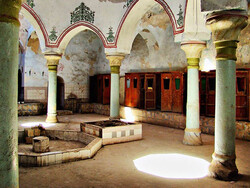 Haj Reis bathhouse