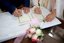 Contrary to expectations, marriage in Iran increased amid pandemic