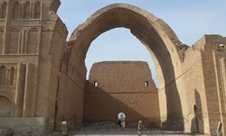 Magnificent Taq Kasra to be restored by Iranian budget, expertise