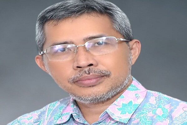 Jalaluddin Rakhmat was victim of slander by takfiris: Indonesian professor