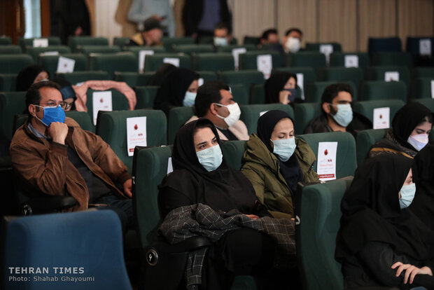 Tehran Times, Mehr hold end-of-year celebration