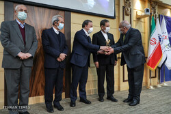 Iranian exemplary exporters honored