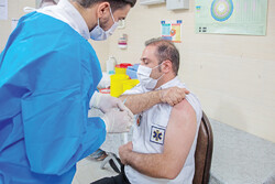 COVID-19 vaccination for nurses in Qom
