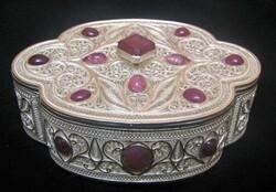 Iranian handicrafts: Zanjan filigree