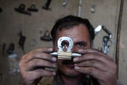 Glimpses of traditional locksmithing in Chaleshtar