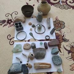 Relics donated to Kerman cultural heritage directorate