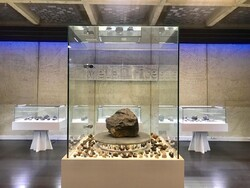 Hundreds of meteorites on show at specialized museum in Tehran
