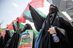Tehranis rally in support of Palestinians