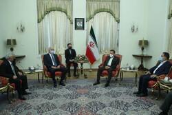 Iran's Vaezi meets Azeri deputy PM Mustafayev