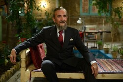 """Actor Biuk Mirzai portrays Cuban leader Fidel Castro in """"A Guest from the Caribbean""""."""