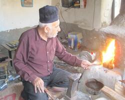 Iranian handicrafts: Chalangari