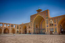 Hakim Mosque: a hidden gem to visit in Isfahan