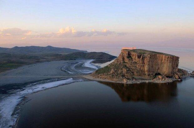 Lake Urmia level declines by 30cm in Q1