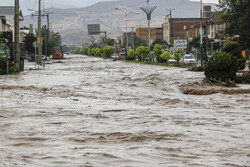 Flood hits 10 provinces, leaving 6 dead, 2 missing