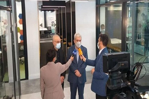 Iran opens center for specialized nuclear industry