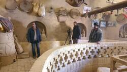 "Filmmaker Farhad Bordbar (L) directs a scene of ""Things that Time Took away""."