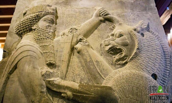 Iran attractions: marveling at ancient ruins of Persepolis