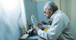 Iranian handicrafts: crystal carving