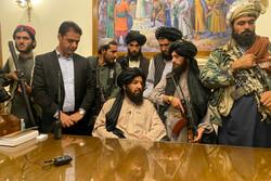Taliban at presidential palace