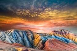 """""""Full Color"""" by Mohammadreza Masumi received an honorable mention in the landscape section of the 3rd Aqua International Salon of Photography in Dushanbe, Tajikistan."""