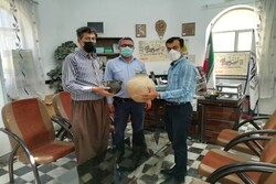 Millennia-old jars donated to Iranian museum
