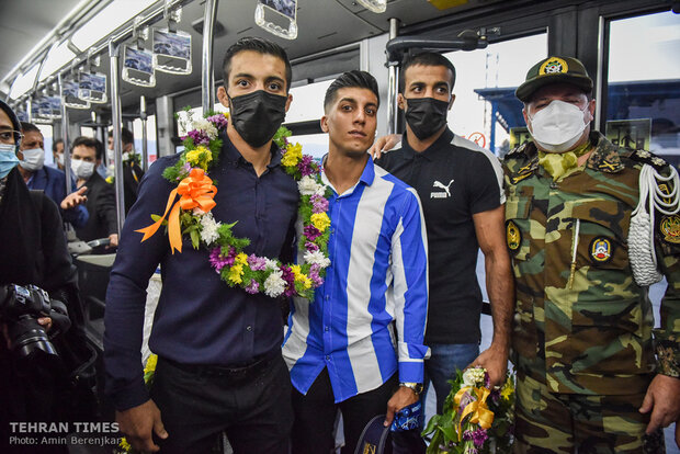 Greco-Roman wrestlers welcomed to Shiraz
