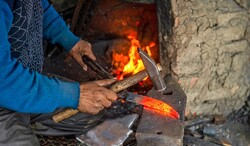 Workshops to revive traditional blacksmithing in Kohgiluyeh and Boyer-Ahmad
