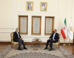 ECO secretary general meets Iran FM